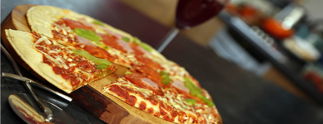 pizza chopping boards