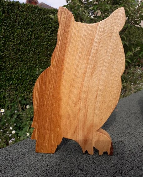 OWL CHOPPING/BREAD BOARD – ASH