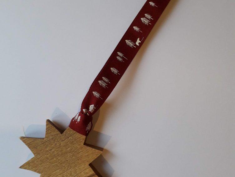 Solid Oak Star On Premium Ribbon-Nordic Burgundy Merry Christmas